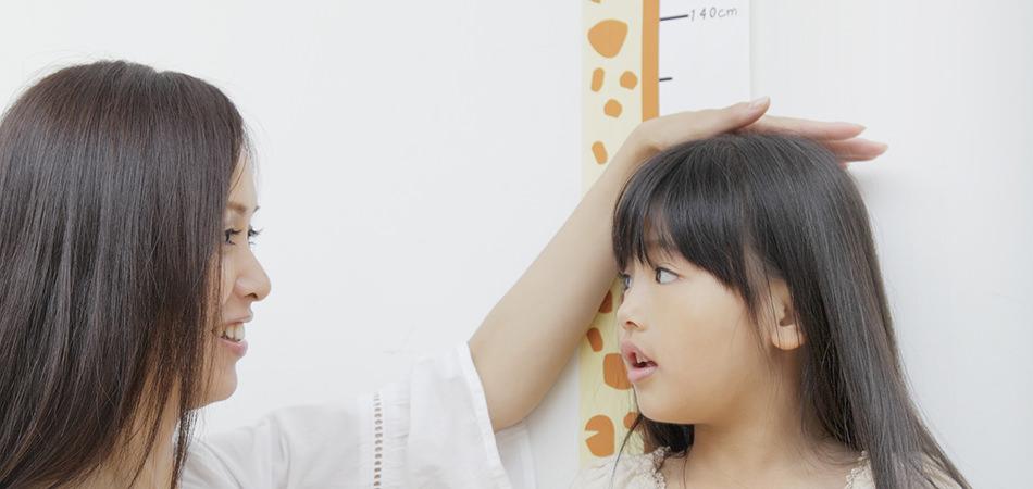 女の子のランドセル選びで悩んだら、まずは身長で選びましょう!